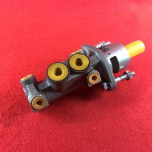 brake-master-cylinder-rhd-lhd-dual-circuit