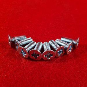 upper-door-hinge-screws-2