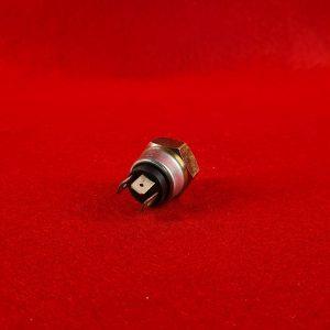 karmann-ghia-brake-light-switch-3-pin
